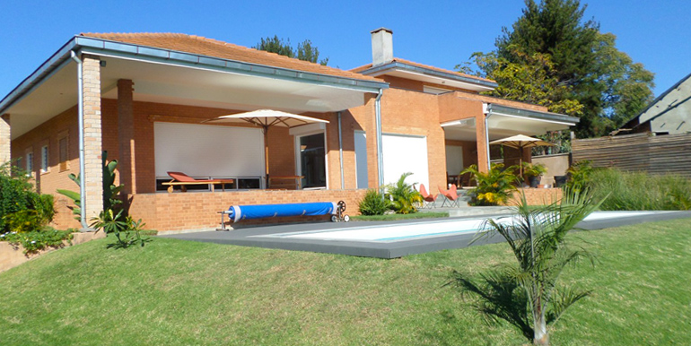 Villa basse ambohibao m270715