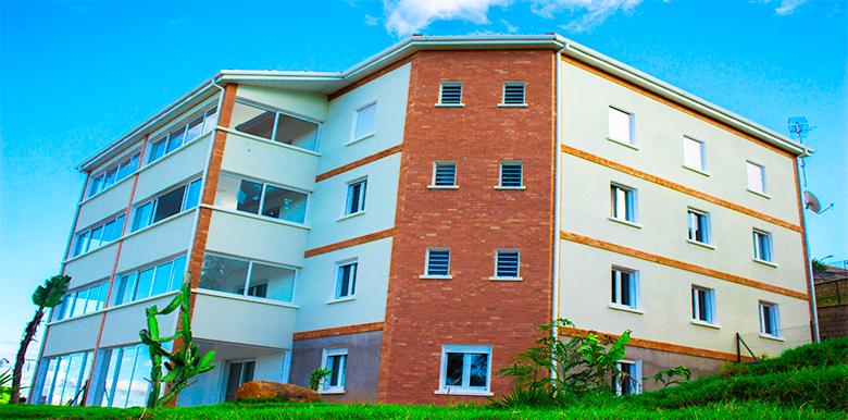 Appartement T3 70m², AMBATOBE, A061216