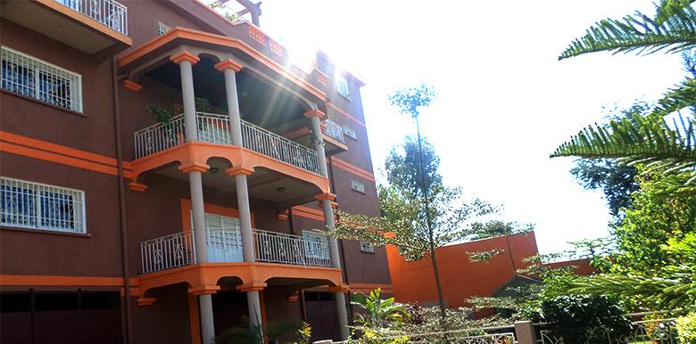 Villa à étage T11 800m², IVATO, M080817