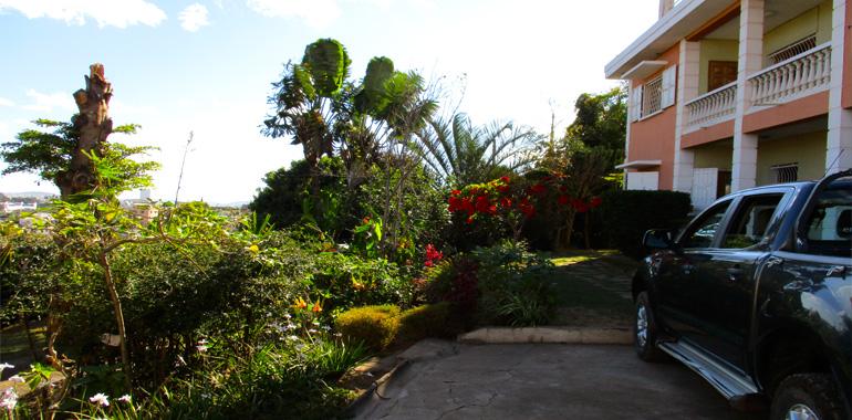 Villa à étage T8 230m², Ambatobe, ML3332