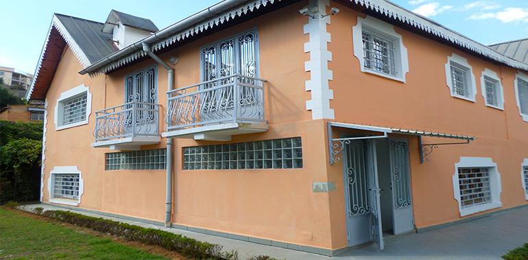 Villa à étage T6 250m², Andrainarivo, M030818