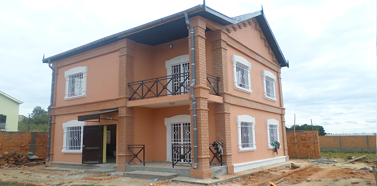 Villa à étage T4 neuf, Bypass, M120618