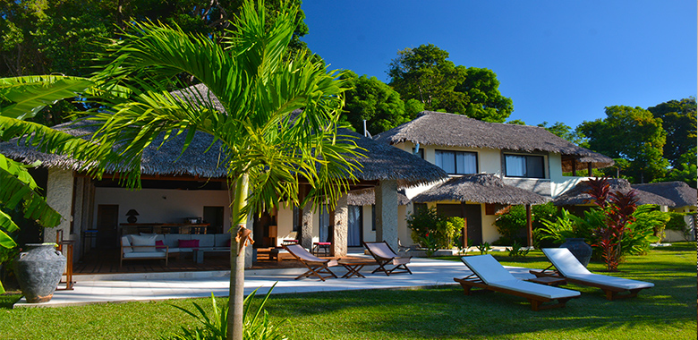 Villa à étage T4 270m², Nosy-Be hellville, M050320