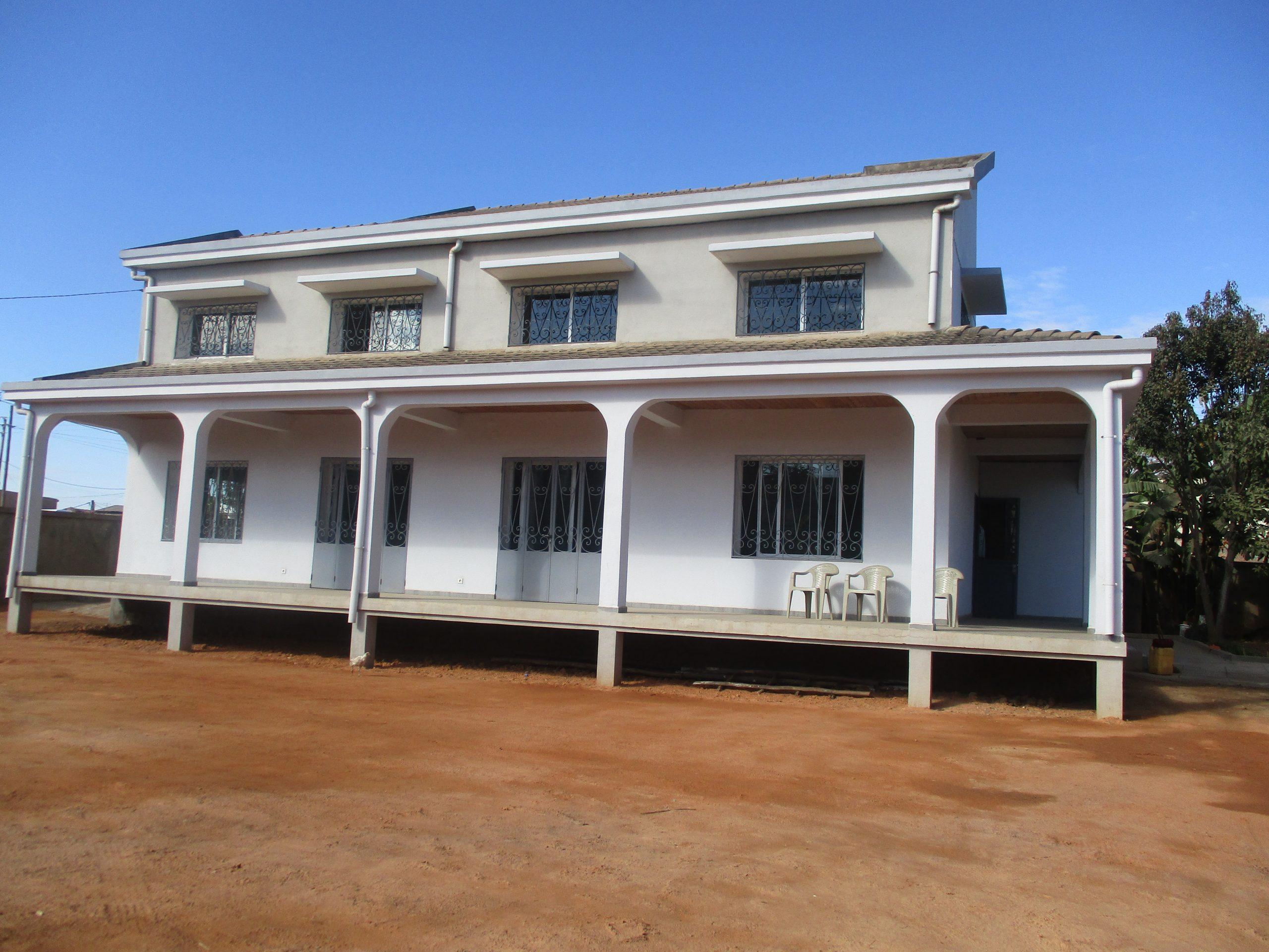 Villa à étage, T7, 200 m2, Androndrakely, ML 3849